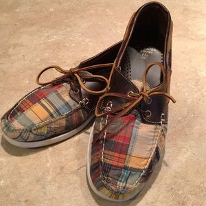 Great Brooks Brothers boat shoes!